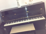 Piano  Ebony high polish- one owner  MJ